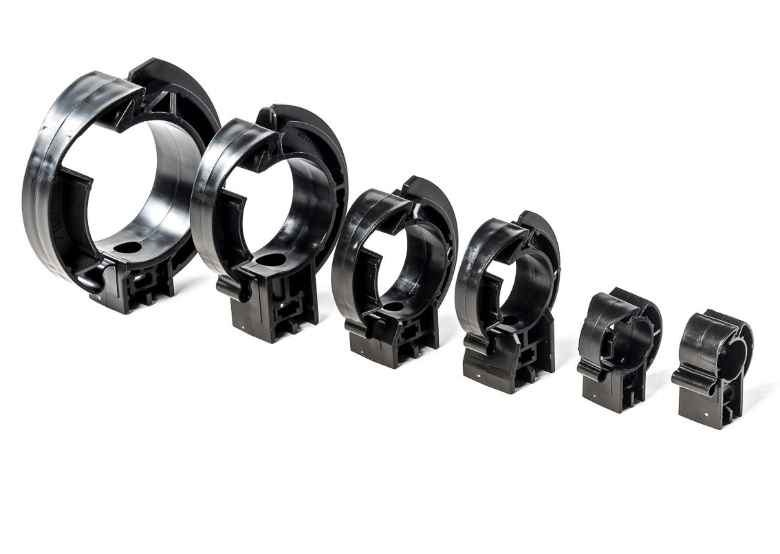 Use FP Pipe Clips to secure pipes and tighten fittings in your compressed air line installation projects.